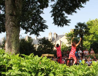 Spectacle au pays des arbres dès 4 ans Compagnie Sucre d'OrgUe